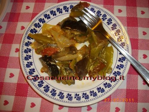 cucina, ricette, ricetta, peperonata, melanzane, peperoni, aceto,