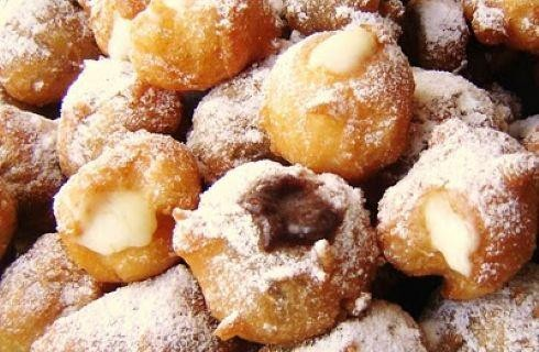 Castagnole (Frittelle) di Carnevale ripiene alla crema pasticcera
