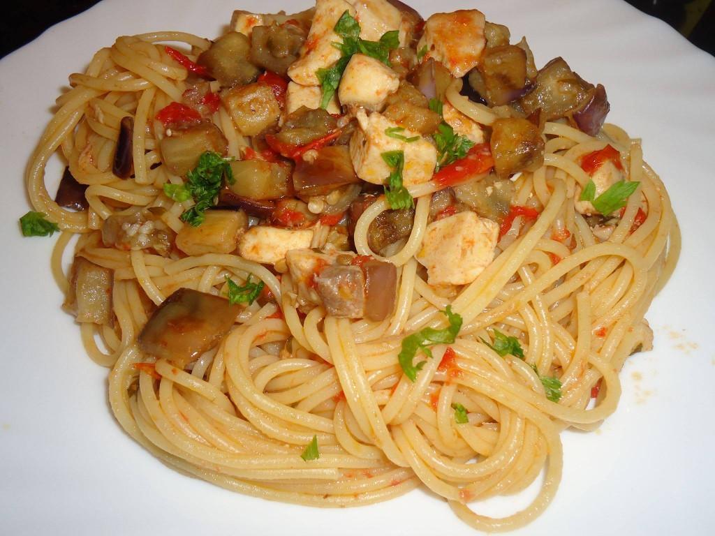 Spaghetti con pesce spada e melanzane cosa cucino oggi for Spaghetti ricette