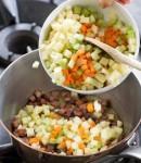 minestra di orzo e fagioli,orzo,fagioli,cucina,ricette,primi piatti,minestra