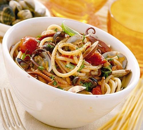 cucina, ricette, ricetta, pasta, primi piatti, cozze, vongole, pesce, spaghetti,