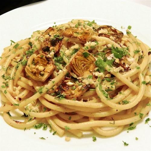 spaghetti con carciofi, cucina, ricette, primi piatti, carciofi, pasta ai carciofi, ricette con carciofi