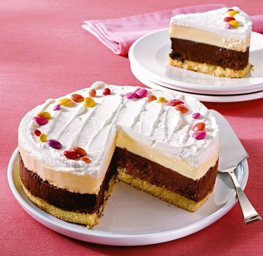 Torta gelato al cioccolato cosa cucino oggi ricette di for Ricette di torte gelato