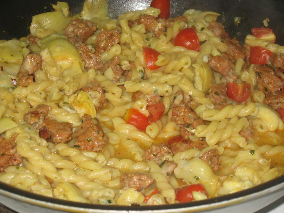 Fusilli salsiccia e carciofi cosa cucino oggi ricette for Primi piatti cucina romana