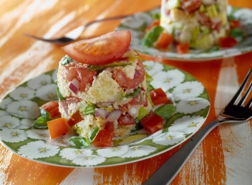 cucina, ricette, ricetta, pane, panzanella, pomodori, cipolla, food,