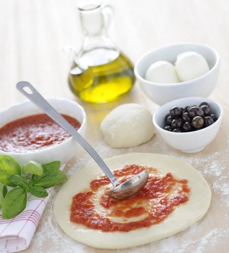 pizza napoletana, pizze, pizza, impasto, impasto per la pizza, cucina, ricette, ricetta, farina, lievito,