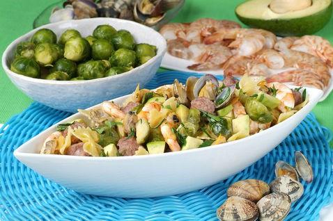 cucina, ricette, farfalle vongole e salsiccia, primi piatti