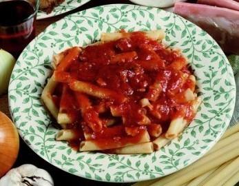 cucina,ricette,ricetta,food,ragù,cucina napoletana,ricette campane,primi piatti,il ragù di napoli,pomodoro,passata,coscia di maiale