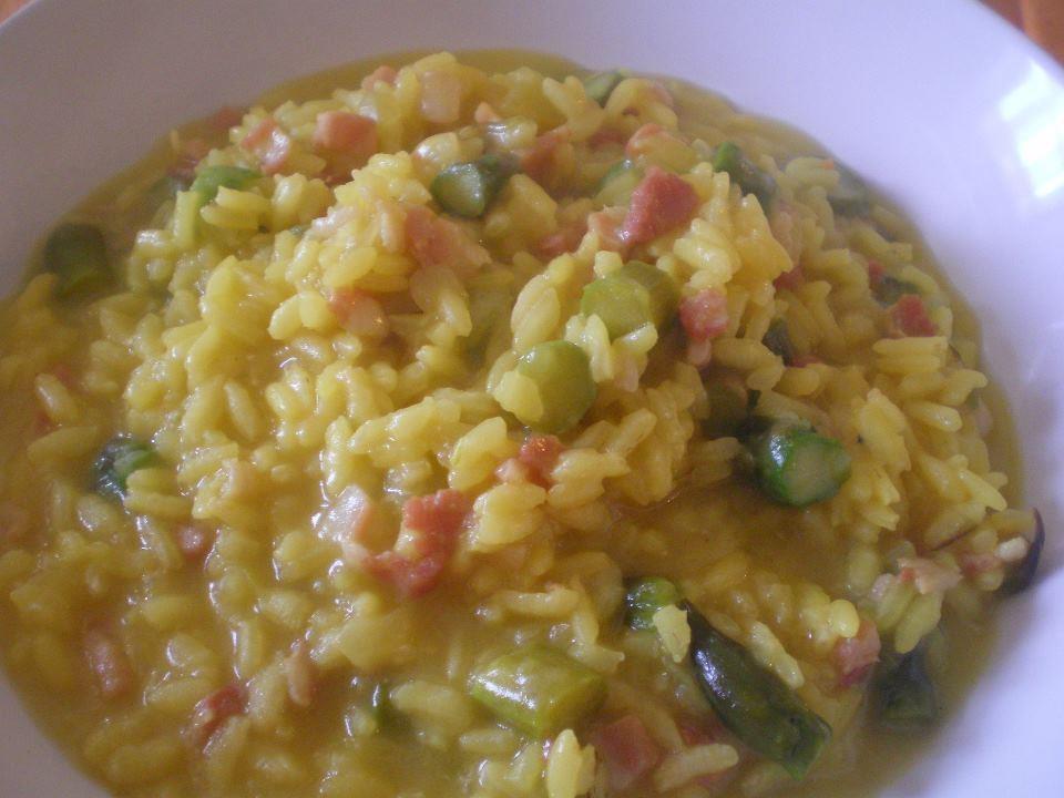 Risotto asparagi e pancetta ricetta ed ingredienti dei for Ricette risotti