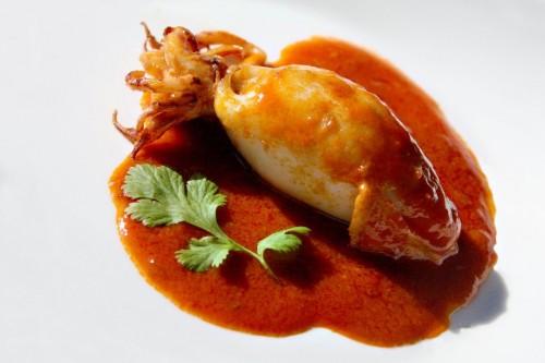 Calamari ripieni al sugo – Ricette di Sardegna
