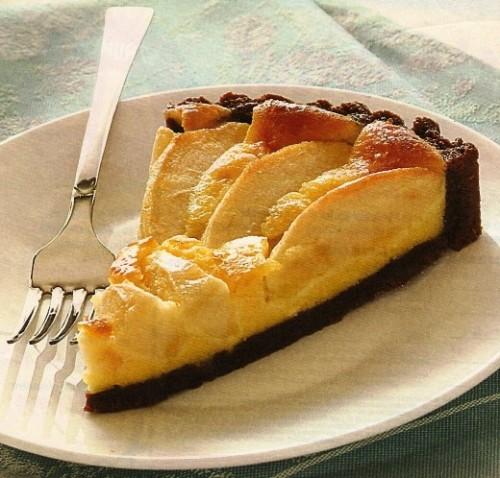 Ricetta passo passo della Crostata di mele al cioccolato con crema mascarpone al rum