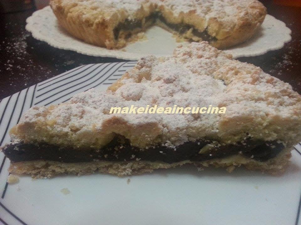 Crostata sbriciolata con crema pasticcera al cacao e mandorle