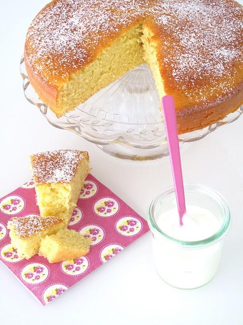 Torta di yogurt e mele