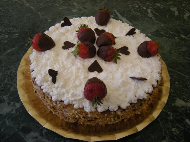 Festa della mamma: torta alla crema di nocciole