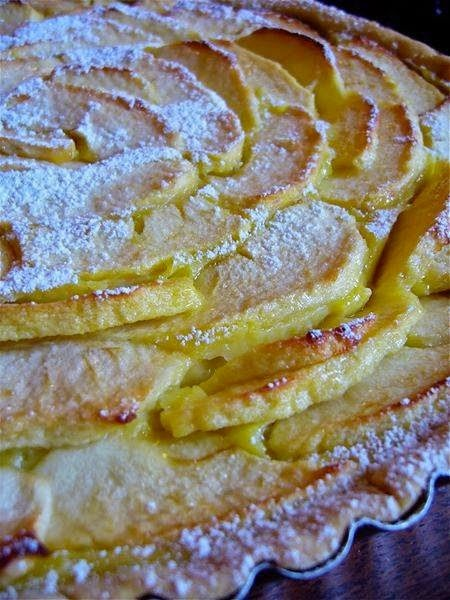 Torta-di-mele-con-crema-pasticcera