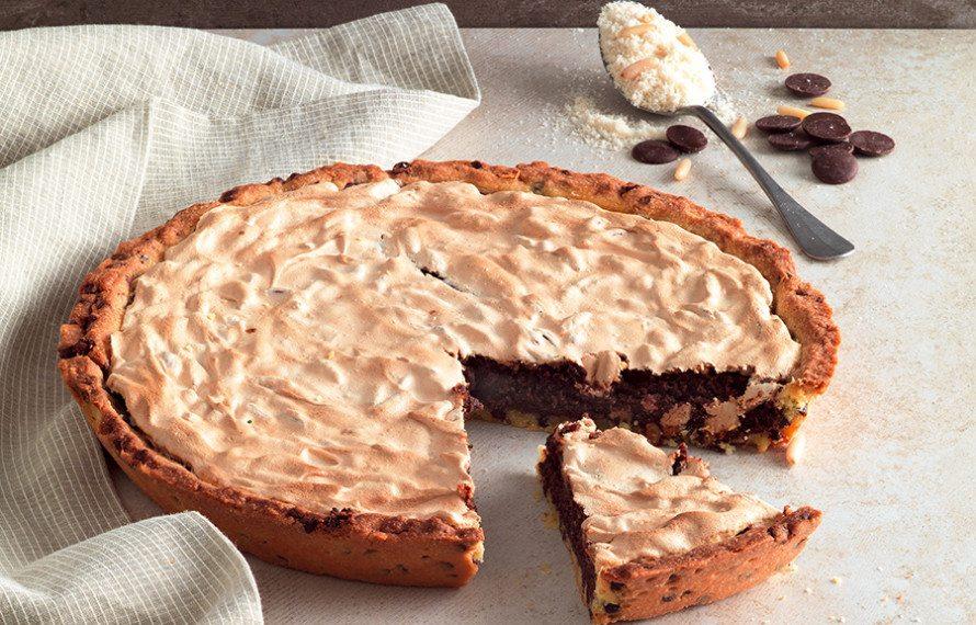 Crostata-al-cioccolato-con-meringa-890x570