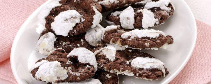 biscotti-craquele-al-cioccolato-725x545