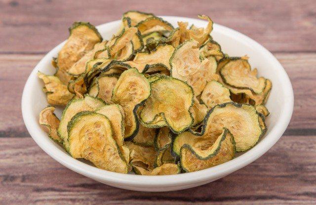 ricetta-chips-di-zucchine-4-640x415