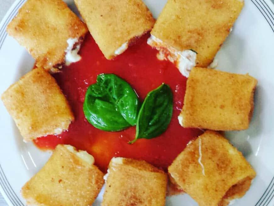 Paccheri-Fritti-Ripieni-Ricetta-Napoletana