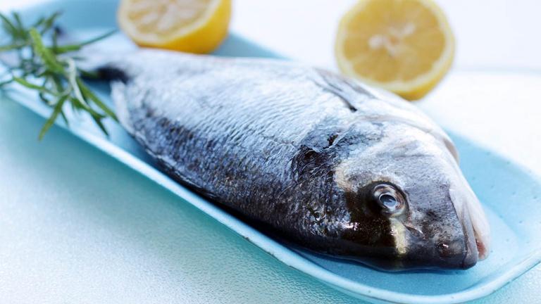 1862-orata-ricette-con-orata-orata-al-cartoccio-come-fare-il-pesce-al-cartoccio